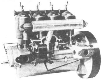 Четырехцилиндровый двигатель Лесснер