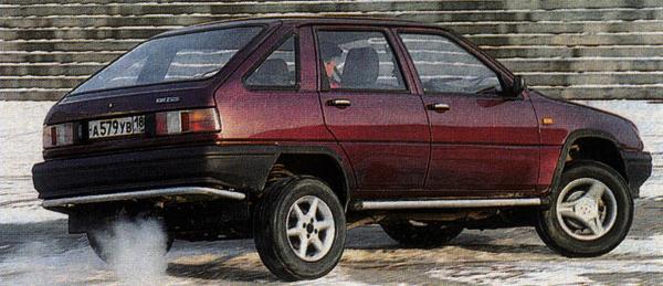 """Иж-2126 """"Ода"""" 4х4 пошел в серию с 1999 года."""