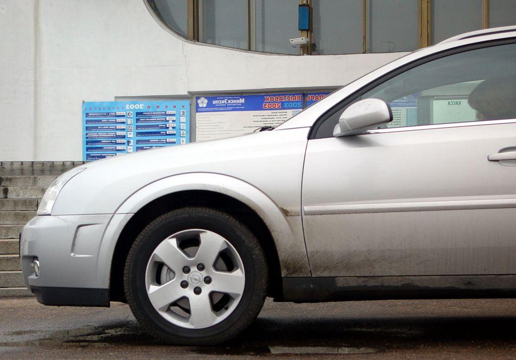 Opel Signum: До средней стойки это – Vectra